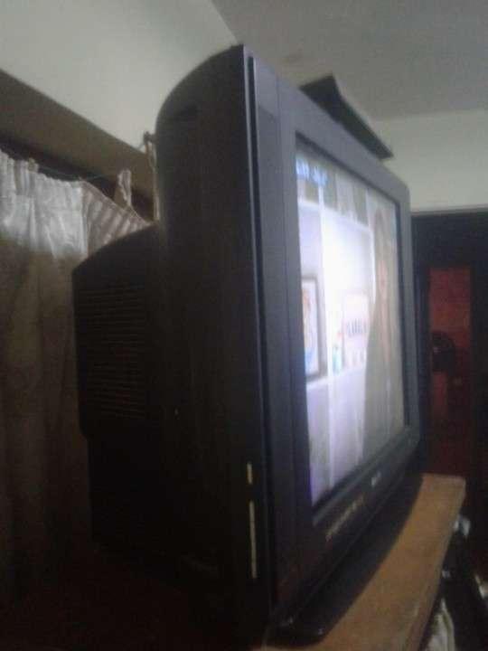 Televisor Philips de 29 pulgadas - 0