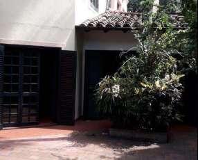 Casa barrio Recoleta para modernizar