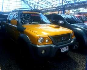 Mitsubishi L200 Savana 2010