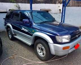 Toyota hilux surf. 1997. 4x4. diésel mecánico.