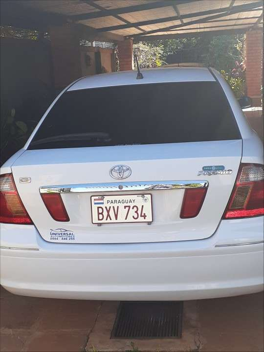 Toyota Premio blanco serie G - 2