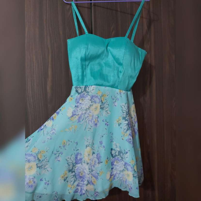 Vestido de coctel, corto, verde agua - 0
