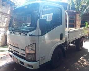 Isuzu camioncito 3300kg
