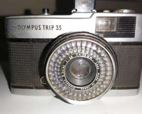 Cámara olympus trip 35