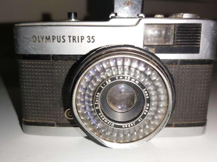 Cámara olympus trip 35 - 0