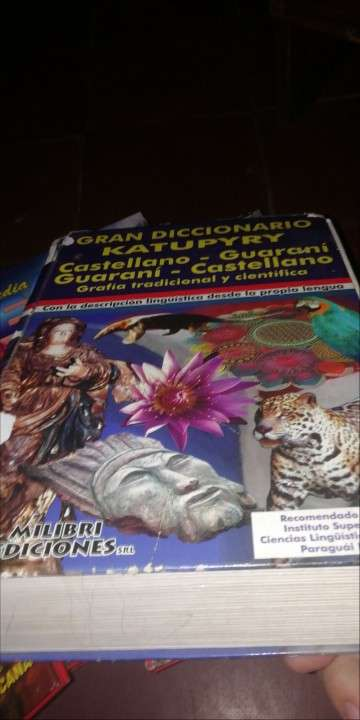 Libros, enciclopedias - 3