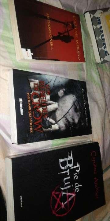 Libros, enciclopedias - 1