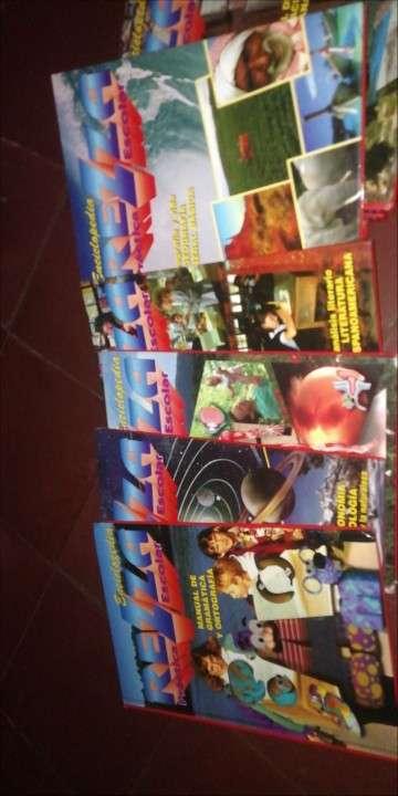 Libros, enciclopedias - 2