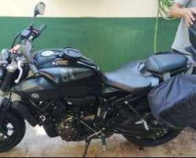 Moto Yamaha 2019