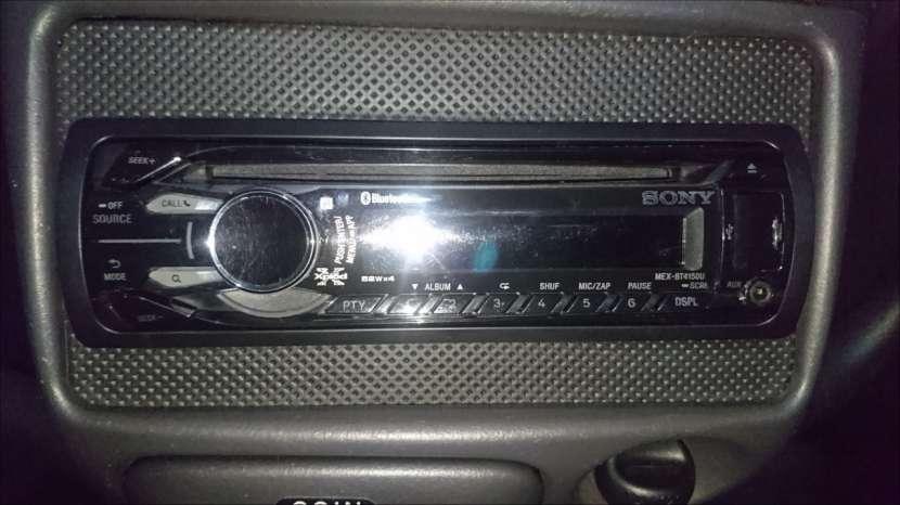 Auto estéreo Sony, - 0
