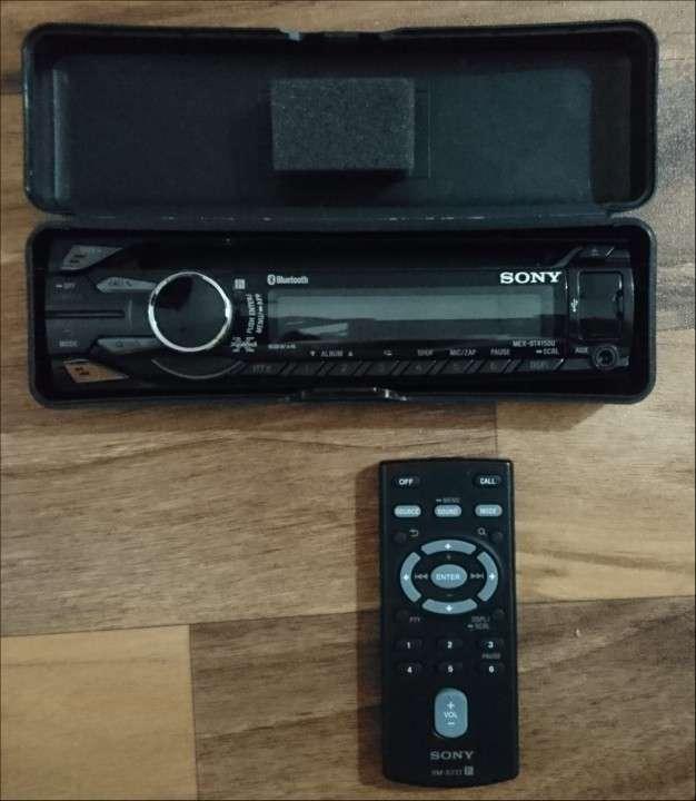 Auto estéreo Sony, - 2