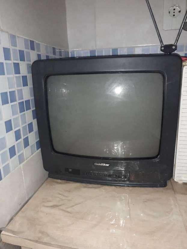 Televisor goldstar - 1