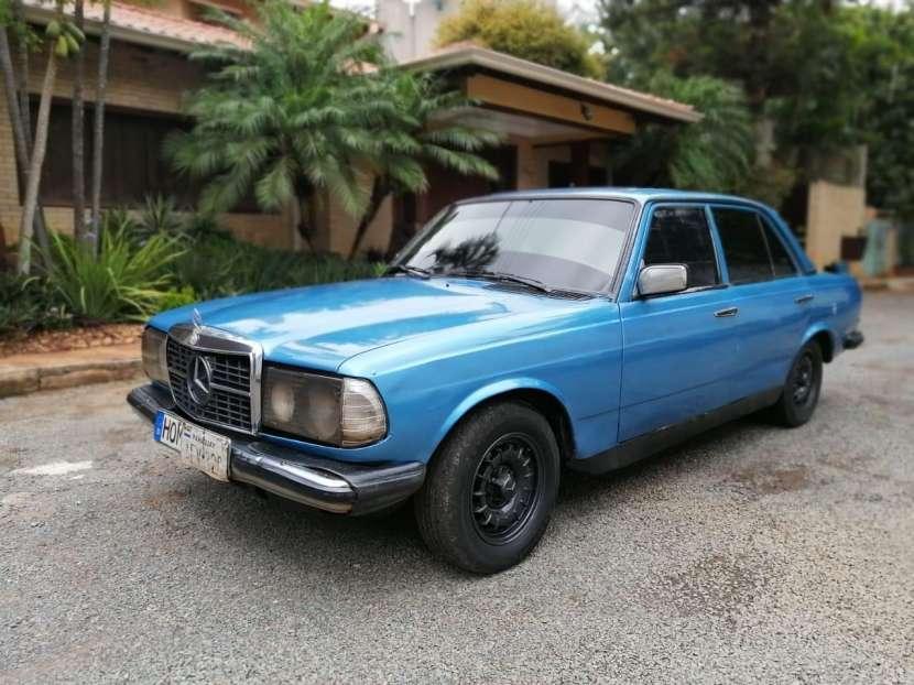 Mercedes Benz 1982 automático - 0