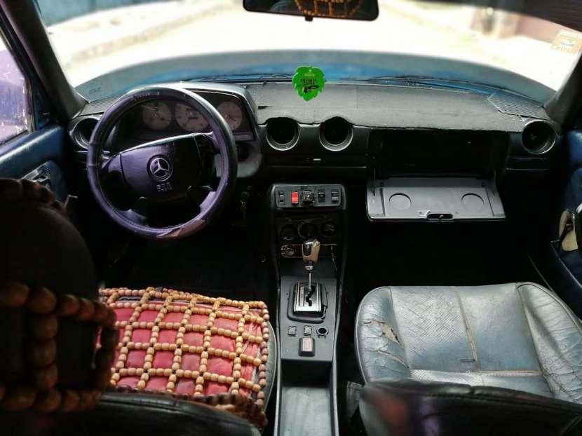 Mercedes Benz 1982 automático - 4