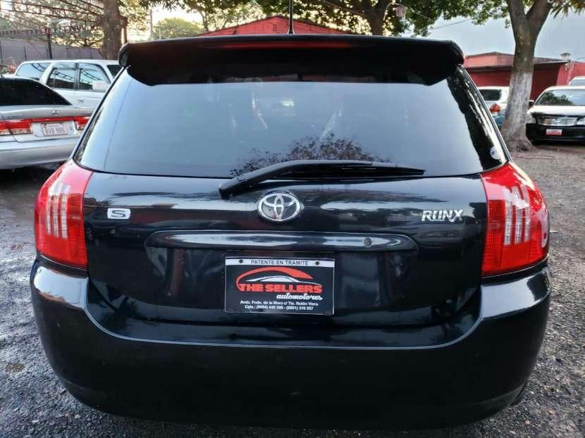 Toyota runx serie S 2003 - 8
