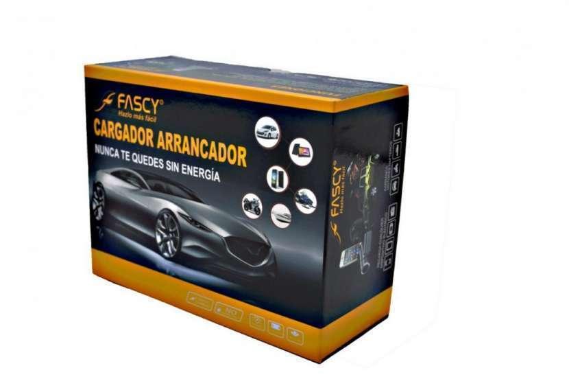 Acople para auto Cargador Arrancador FASCY 7800mah - 0