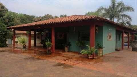 Casa tipo casa quinta en Ypane