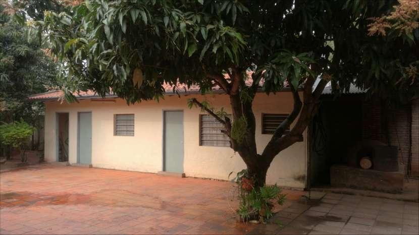 Casa tipo casa quinta en Ypane - 7