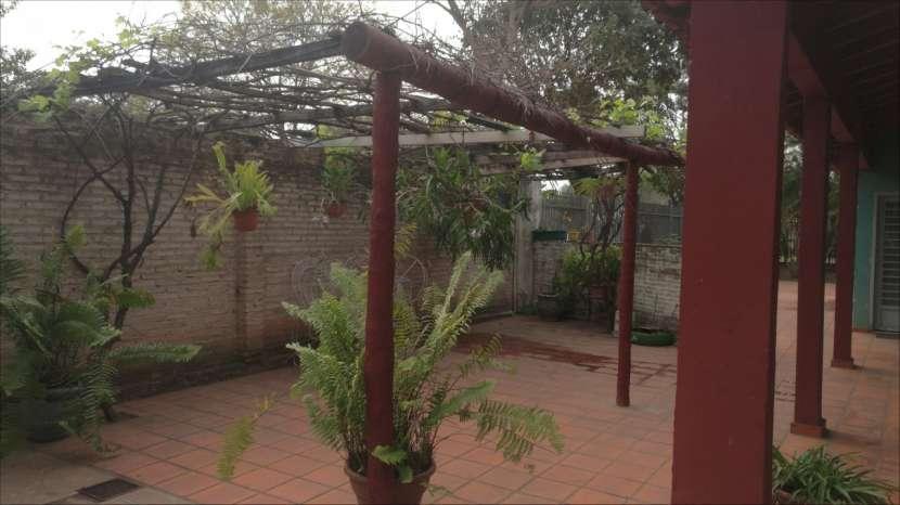 Casa tipo casa quinta en Ypane - 5