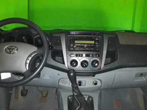 Toyota Hilux 2010 - 0
