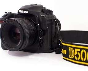 Nikon D500 – Cuerpo.