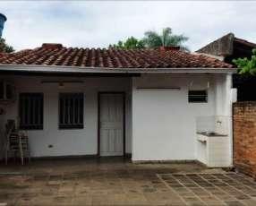 Casa en Lambaré Barrio Mbachió