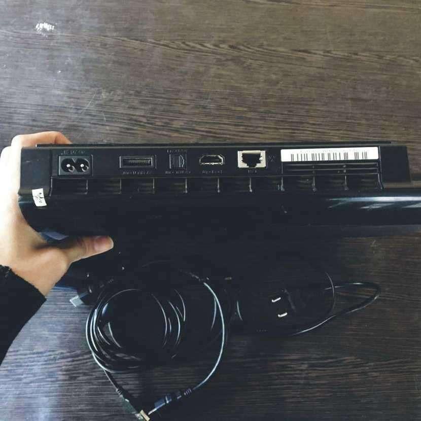 Sony Playstation 3 cech-4211A de 12 gb - 1
