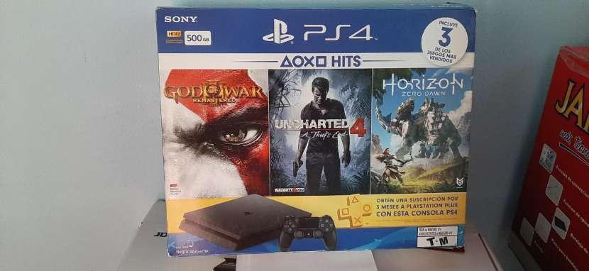 Playstation 4 500 GB - 0