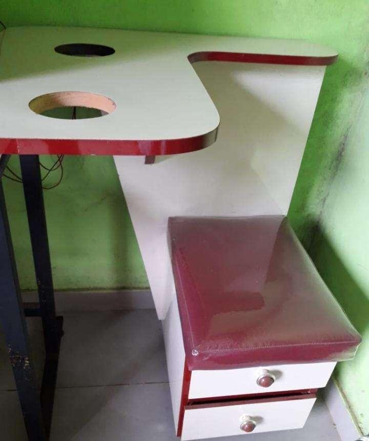 Muebles para peluquería con ayudante - 1