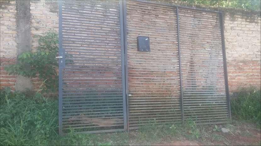 Portón de hierro - 2
