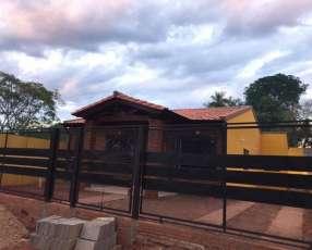 Casa a estrenar Villa Anita Ñemby
