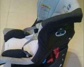 Asiento de bebé Chicco para vehículo