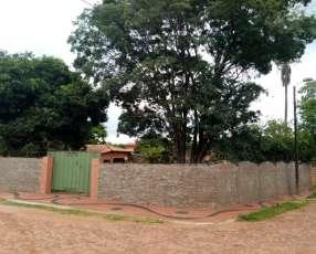 Casa en San Lorenzo zona Colegio Saturio Rios