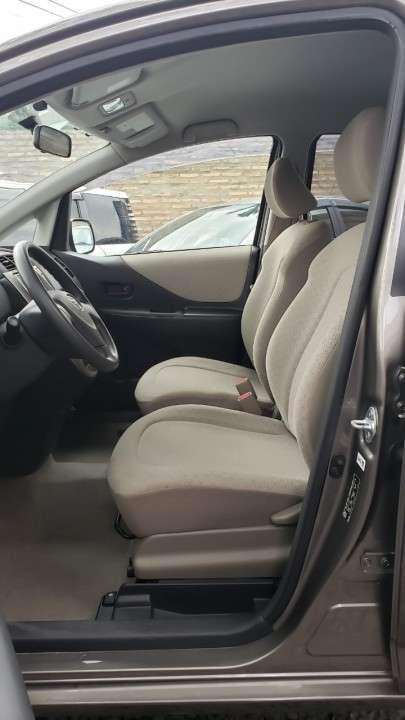 Toyota ractis 2006 automático - 5