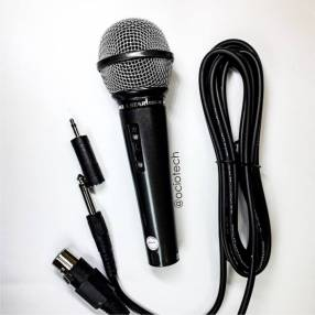 Micrófono dinámico con cable