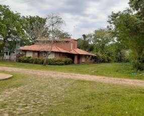 Casa en esquina San Bernardino