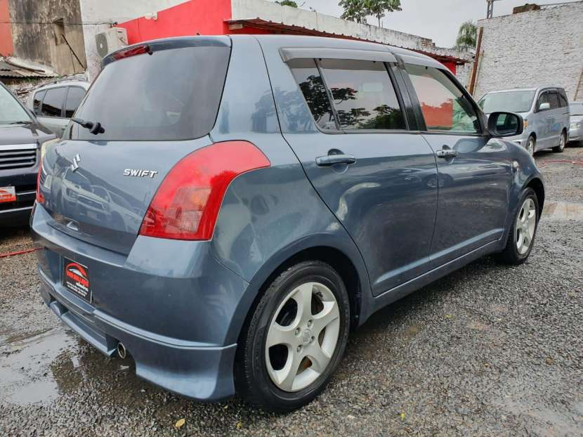Suzuki swif 2005 - 3
