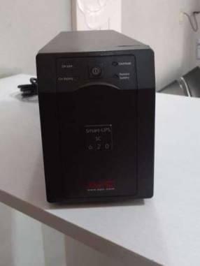 Smart UPS APC SC 620 Americano
