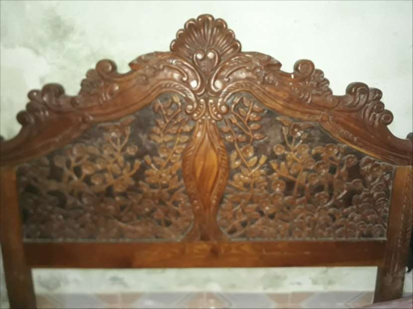 Cabecera de madera totalmente tallada - 0