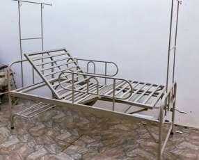 Cama hospitalaria 2 mov con colchón hosp impermeable