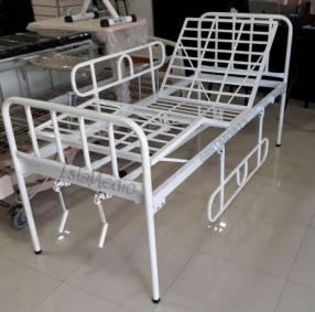 Cama articulada 2 mov con colchón hosp impermeable