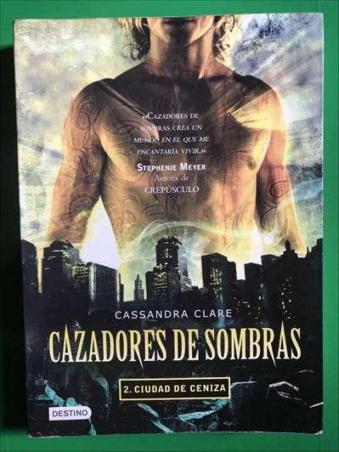 Libro Cazadores de Sombras 2. Ciudad de Ceniza (Destino)