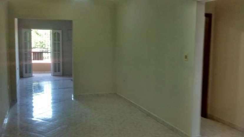 Departamento en barrio residencial de Lambaré - 8