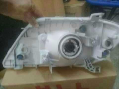 Faro delantero para Toyota New Corolla - 7