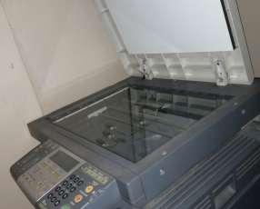 Fotocopiadora e impresora Toshiba