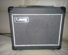 Amplificador Laney de 20W