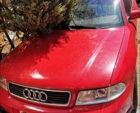 Audi A4 1997 naftero mecánico