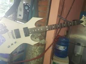 Guitarra eléctria B.C.Rich
