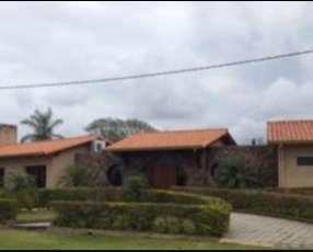 Residencia en Carlos Franco Country & Golf