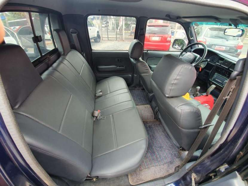 Toyota hilux doble cabina 1998 - 8
